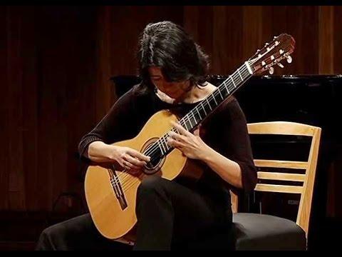 クリスティーナ・アズマが弾くペレイラの『Chamego』 ムーディなショーロの名曲
