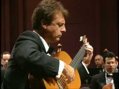 アンヘル・ロメロが弾くコルデロの『アンティラーノ協奏曲』 ドラマチックで躍動感に満ちたフィナーレ