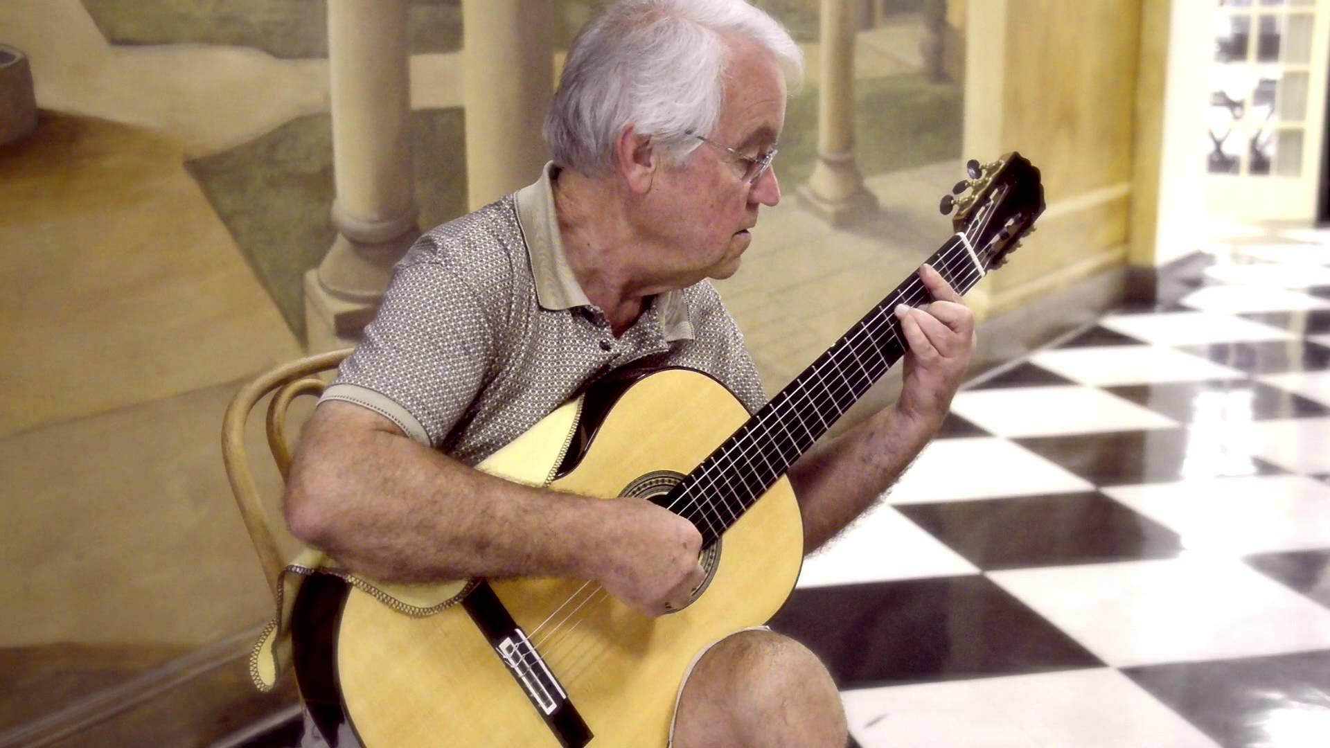 ジョージ・サケラリオウが弾くタレガの『ラグリマ』と『ワルツ』 TWパターソン・ビルでの演奏(ダイジェスト)