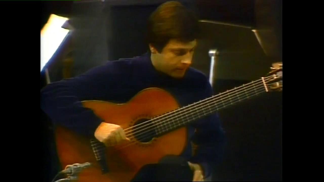 アンヘル・ロメロが弾くボリンの『ギターとピアノのためのコンチェルト』 ジャズ・トリオとのご機嫌なセッション