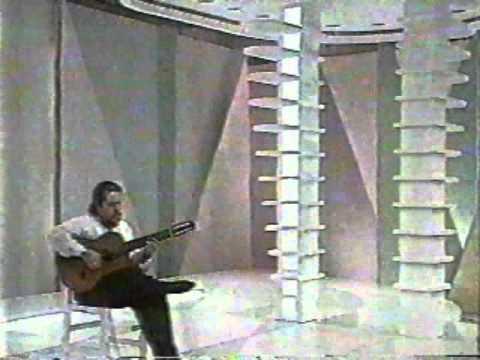 ハファエル・ハベーロが弾くジョビンの『ワン・ノート・サンバ』