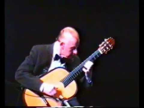 アベル・カルレバロが弾くアルベニスの『マジョルカ』