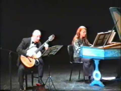 アベル・カレルバロが弾く『ギターとチェンバロのためのラルゲット』